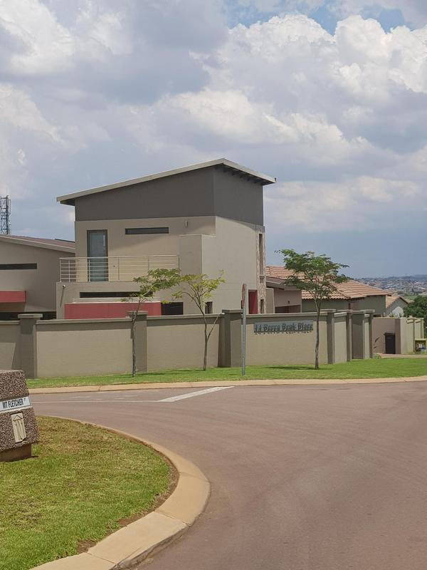 Property For Rent in Midlands Estate, Centurion 19