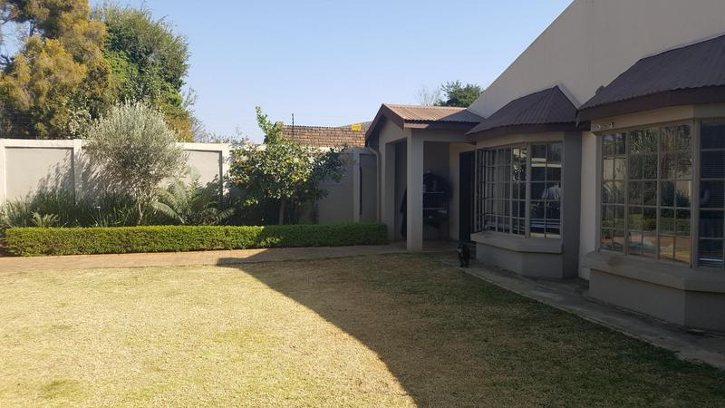 Property For Sale in Waverley, Pretoria 1