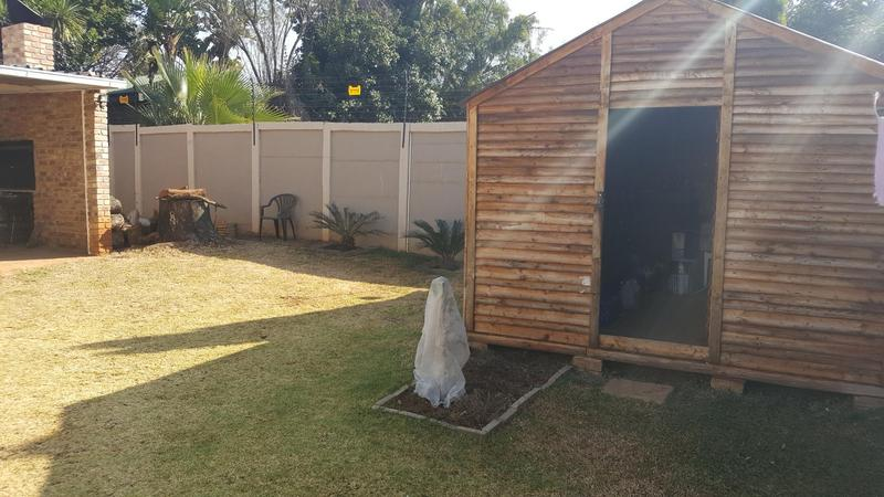 Property For Sale in Waverley, Pretoria 35