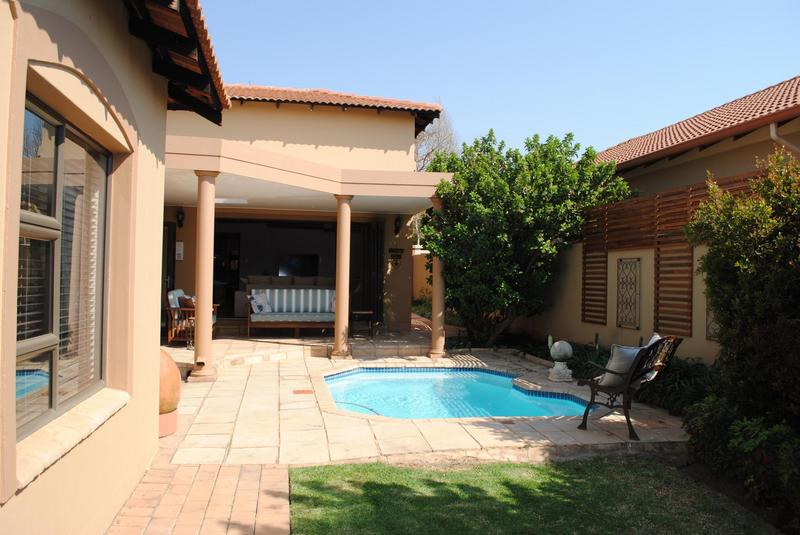 Property For Sale in Midlands Estate, Centurion 16