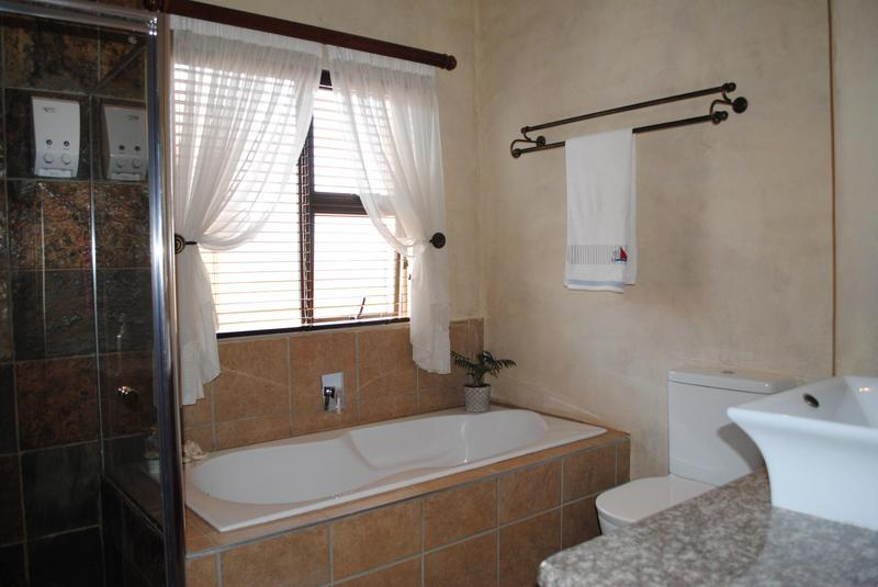 Property For Sale in Midlands Estate, Centurion 26