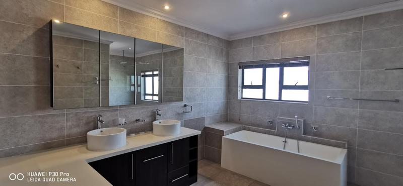 Property For Sale in Midlands Estate, Centurion 24