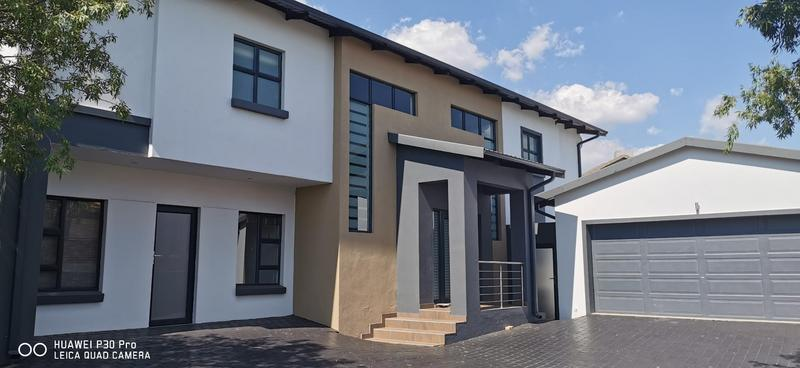 Property For Sale in Midlands Estate, Centurion 28