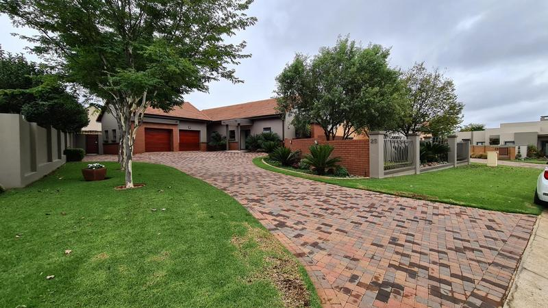 Property For Sale in Retire at Midstream, Centurion 29