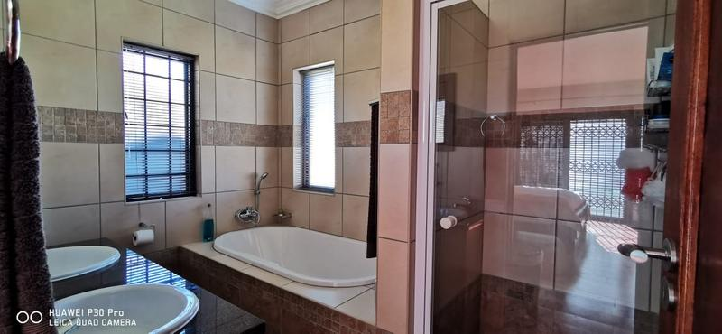 Property For Sale in Midlands Estate, Centurion 18