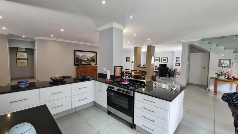 Property For Sale in Midstream Hill, Centurion 6