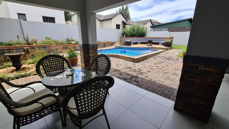 Property For Sale in Midstream Hill, Centurion 9